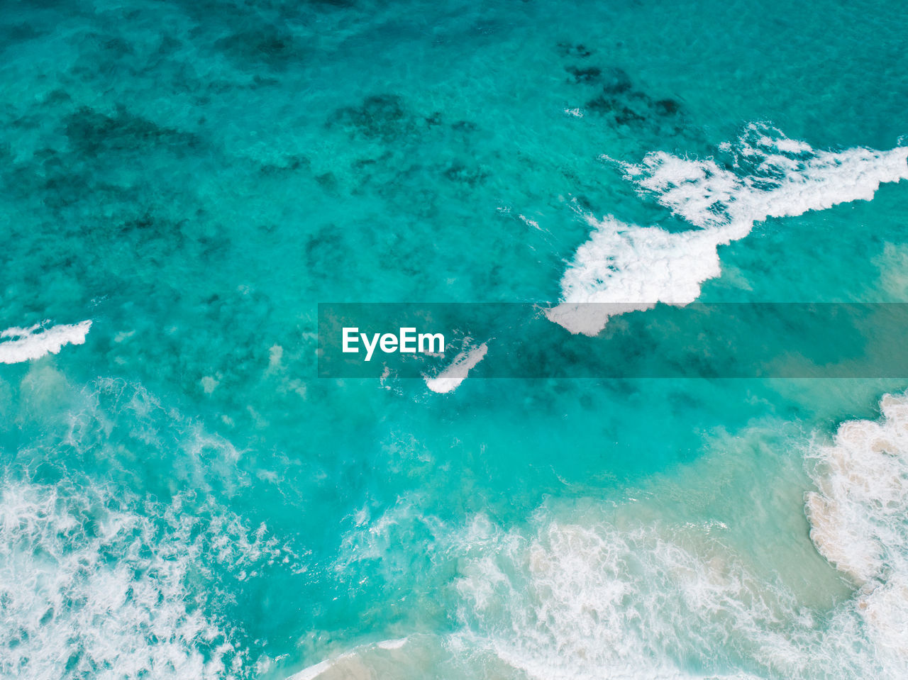 water, sea, nature, no people, turquoise colored, motion, blue, day, aquatic sport, sport, beauty in nature, wave, outdoors, backgrounds, underwater, full frame, scenics - nature, high angle view, power in nature