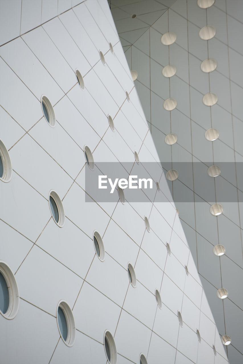 LOW ANGLE VIEW OF LIGHTING EQUIPMENT ON FLOOR