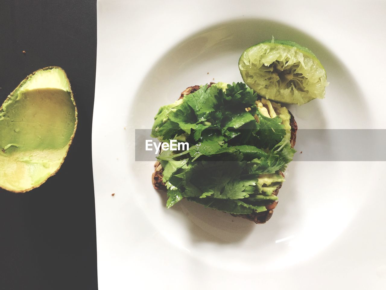 food and drink, plate, food, freshness, indoors, high angle view, no people, directly above, ready-to-eat, leaf, healthy eating, green color, serving size, close-up, day