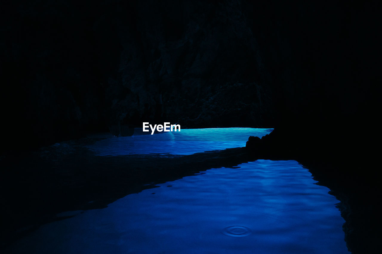 water, cave, nature, no people, beauty in nature, night, sea, outdoors, close-up