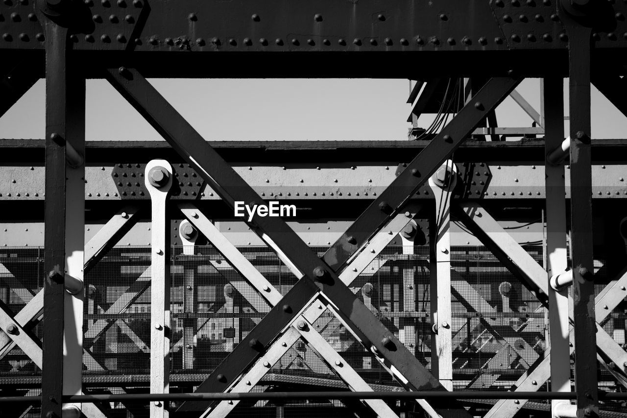 metal, architecture, built structure, no people, transportation, connection, day, bridge, bridge - man made structure, full frame, industry, outdoors, backgrounds, sky, pattern, low angle view, nature, construction industry, girder, steel, alloy