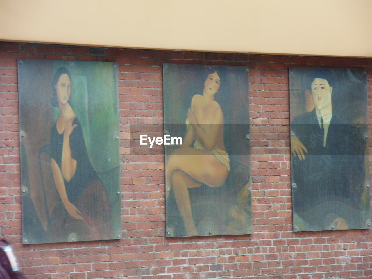 human representation, female likeness, shirtless, male likeness, window, indoors, architecture, day, men, built structure, standing, building exterior, real people, close-up, multiple image