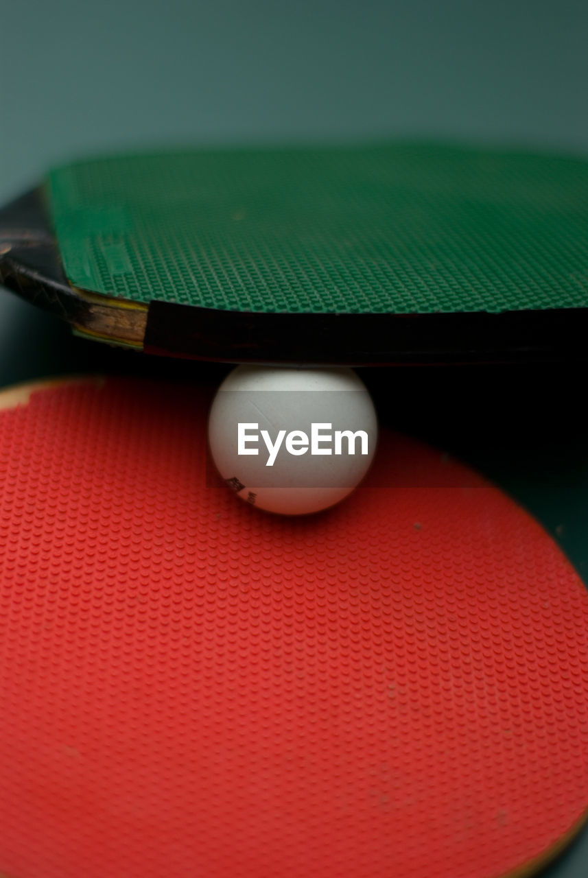 indoors, sport, sports equipment, table, close-up, no people, green color, red, day, pool ball