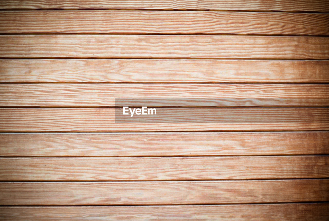 plank, backgrounds, pattern, wood grain, timber, brown, wood paneling, striped, wood - material, hardwood, material, rough, lumber industry, textured, design element, dry, antique, blank, no people, knotted wood, smooth, nature, oak tree, construction frame, close-up, colored background, tree, built structure, building exterior, indoors, day