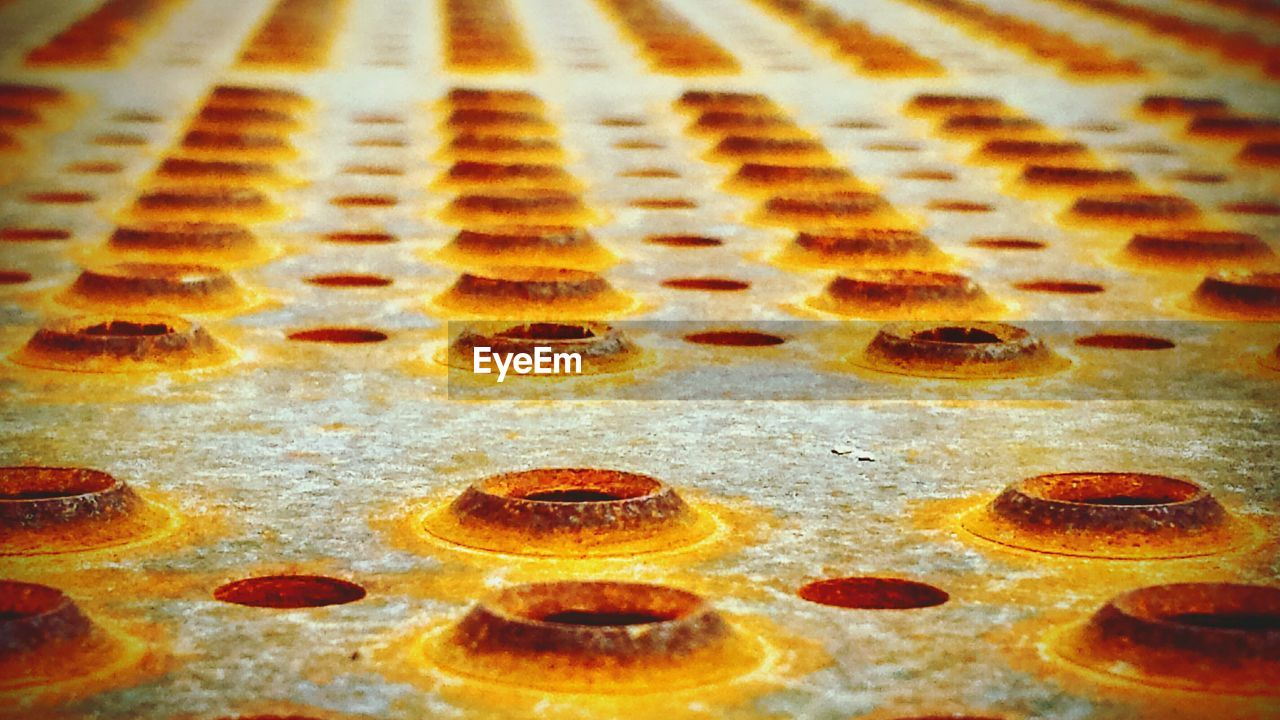 no people, indoors, food and drink, baking sheet, food, sweet food, close-up, full frame, honeycomb, freshness, day, ready-to-eat