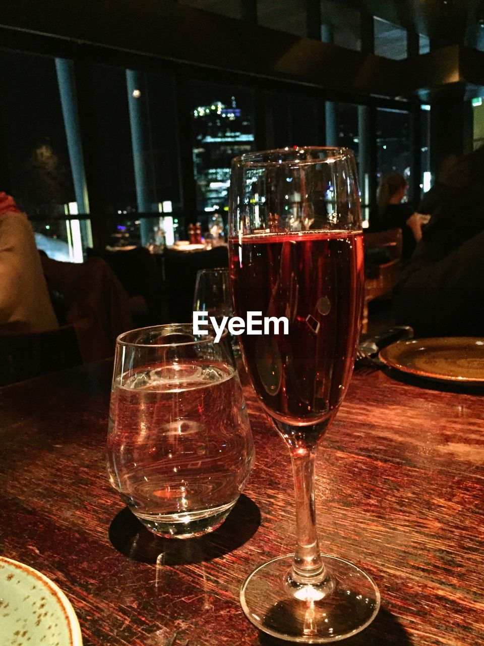 alcohol, drink, wineglass, table, food and drink, refreshment, wine, indoors, red wine, restaurant, alcoholic drink, drinking glass, beer, close-up, freshness, no people, day