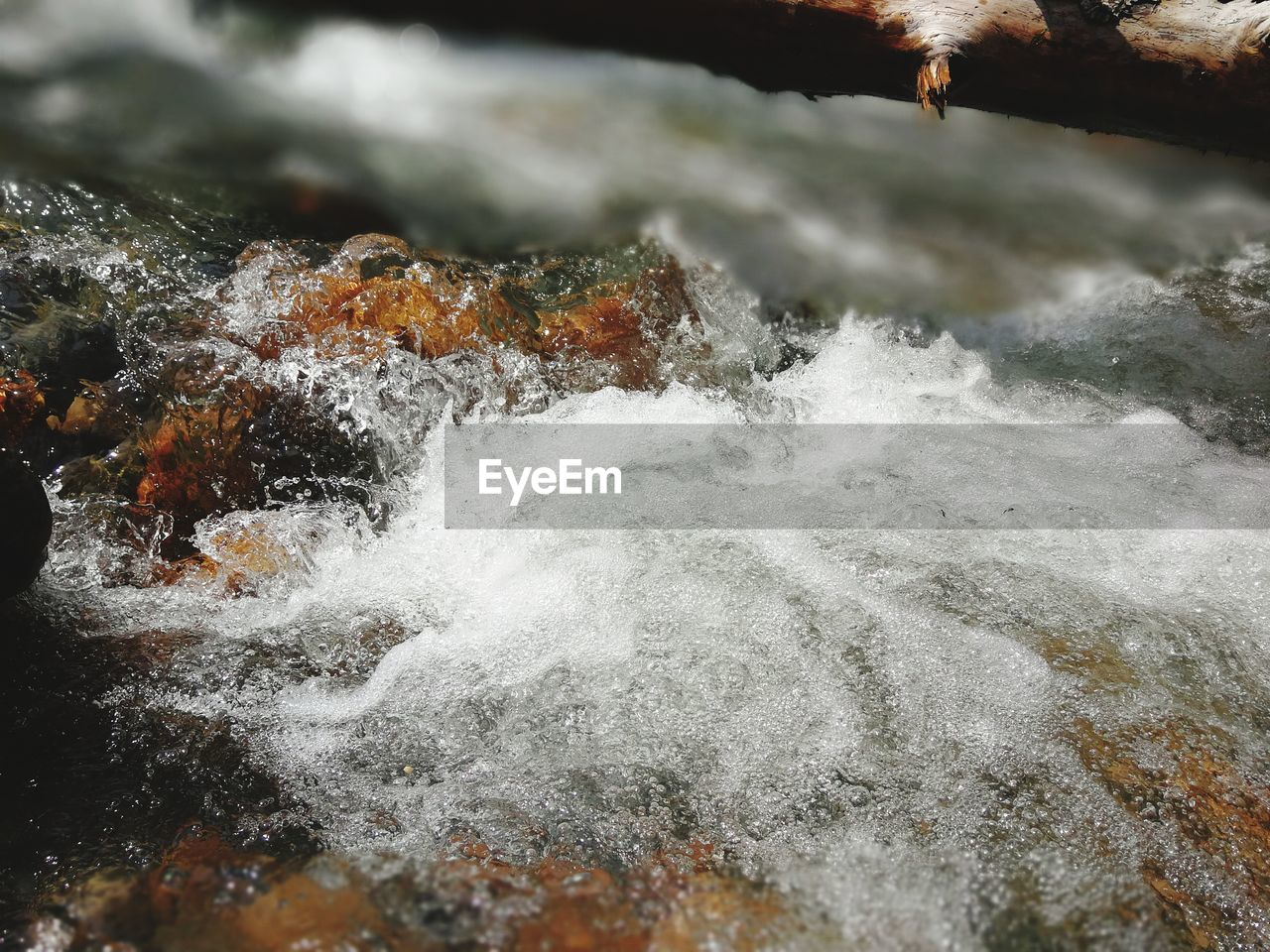 motion, nature, no people, beauty in nature, water, outdoors, waterfront, day, sea, close-up