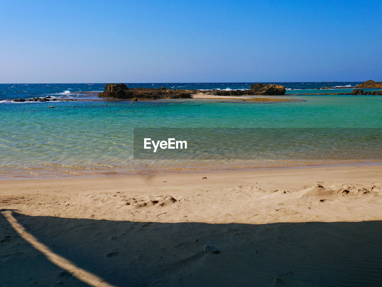 sea, water, land, beach, sky, horizon, sand, beauty in nature, horizon over water, scenics - nature, clear sky, nature, tranquility, blue, tranquil scene, copy space, no people, idyllic, day, outdoors, turquoise colored
