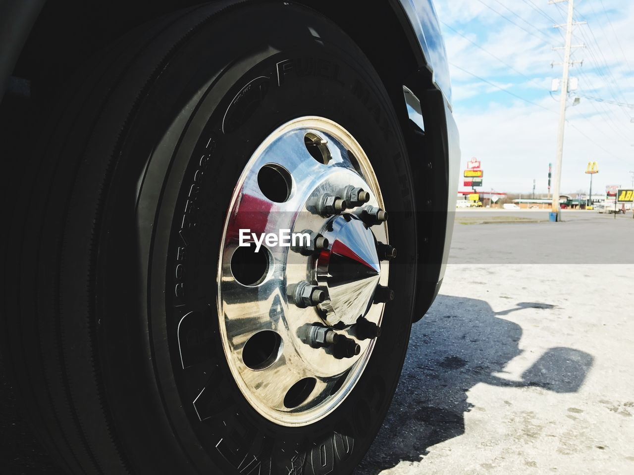 tire, wheel, transportation, mode of transport, land vehicle, day, no people, close-up, outdoors, sky