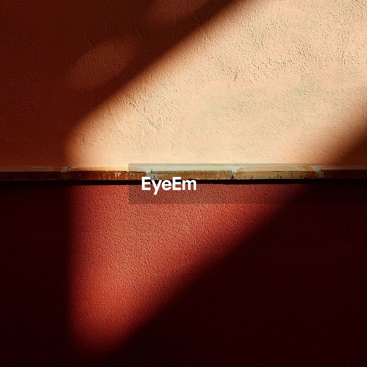 no people, textured, brown, shadow, architecture, red, close-up, indoors, day