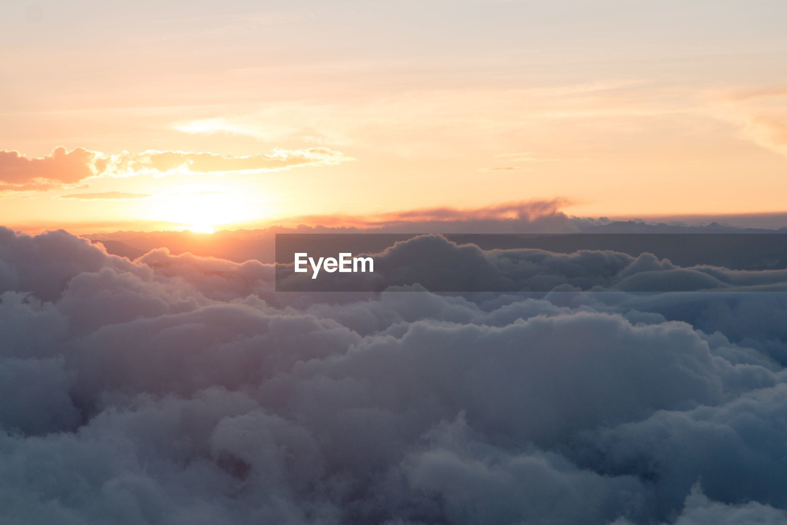 MAJESTIC VIEW OF CLOUDSCAPE DURING SUNSET