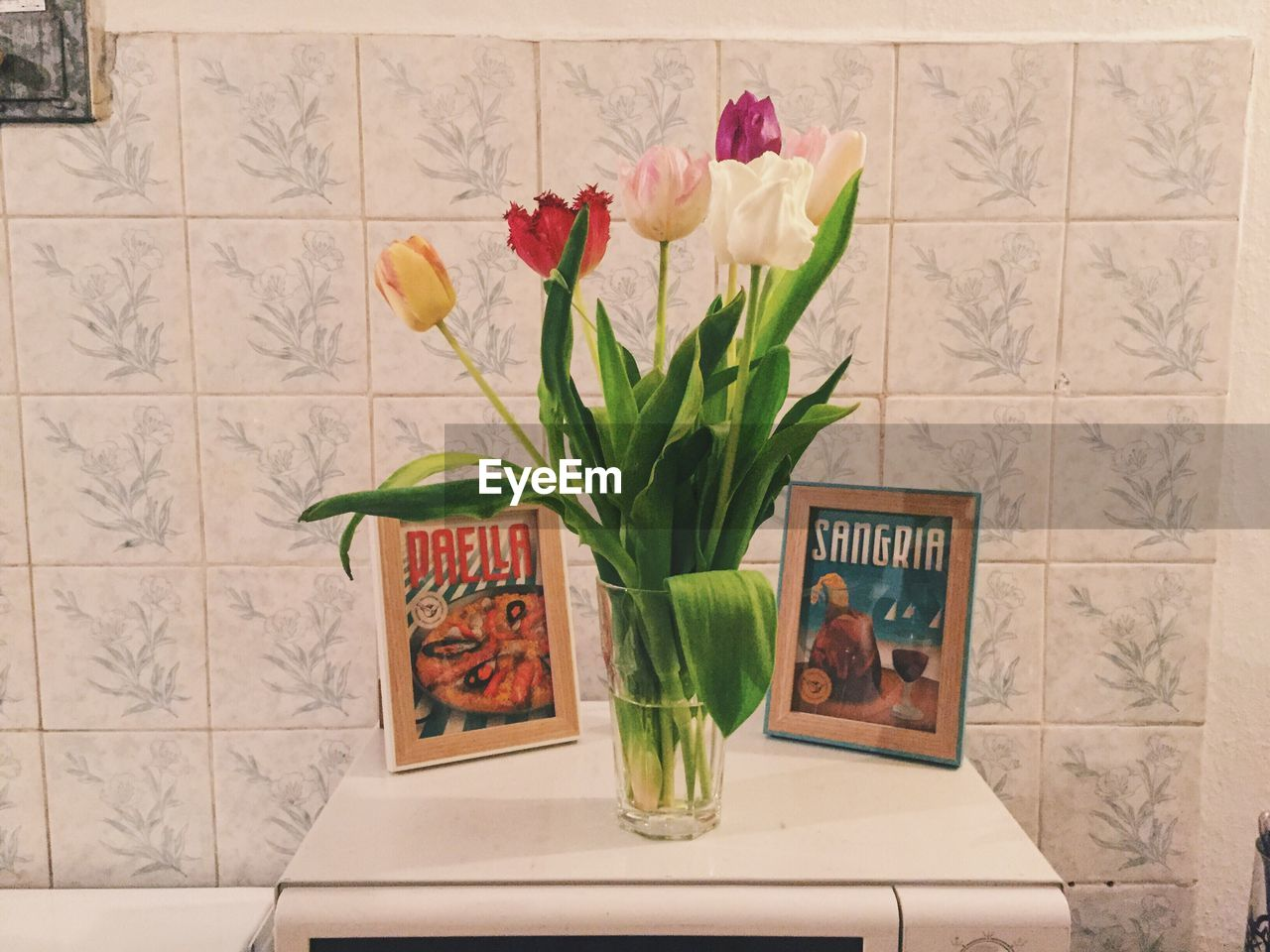 flower, vase, bouquet, indoors, freshness, no people, beauty in nature, gift, fragility, flower head, nature, food, close-up, day