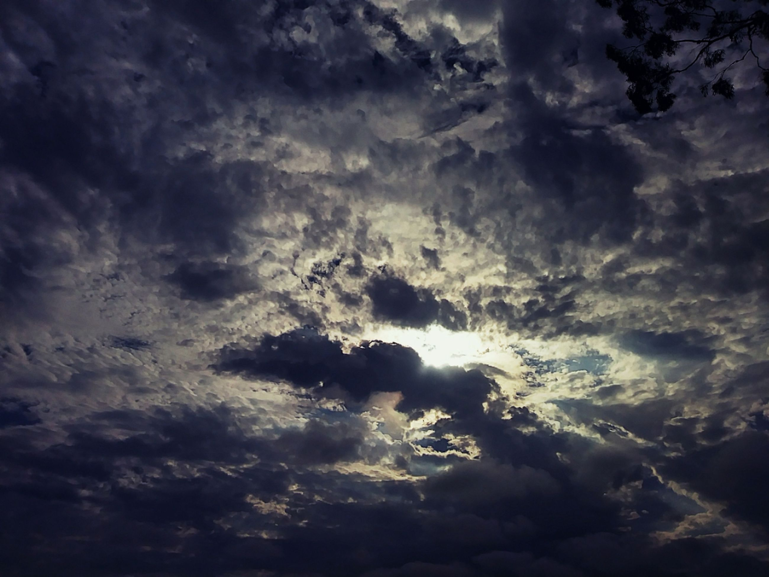 cloud - sky, sky, beauty in nature, nature, cloudscape, low angle view, weather, scenics, sky only, dramatic sky, atmospheric mood, tranquility, meteorology, majestic, tranquil scene, idyllic, storm cloud, environment, backgrounds, no people, awe, storm, cirrus, full frame, outdoors, sunset, day, scenery