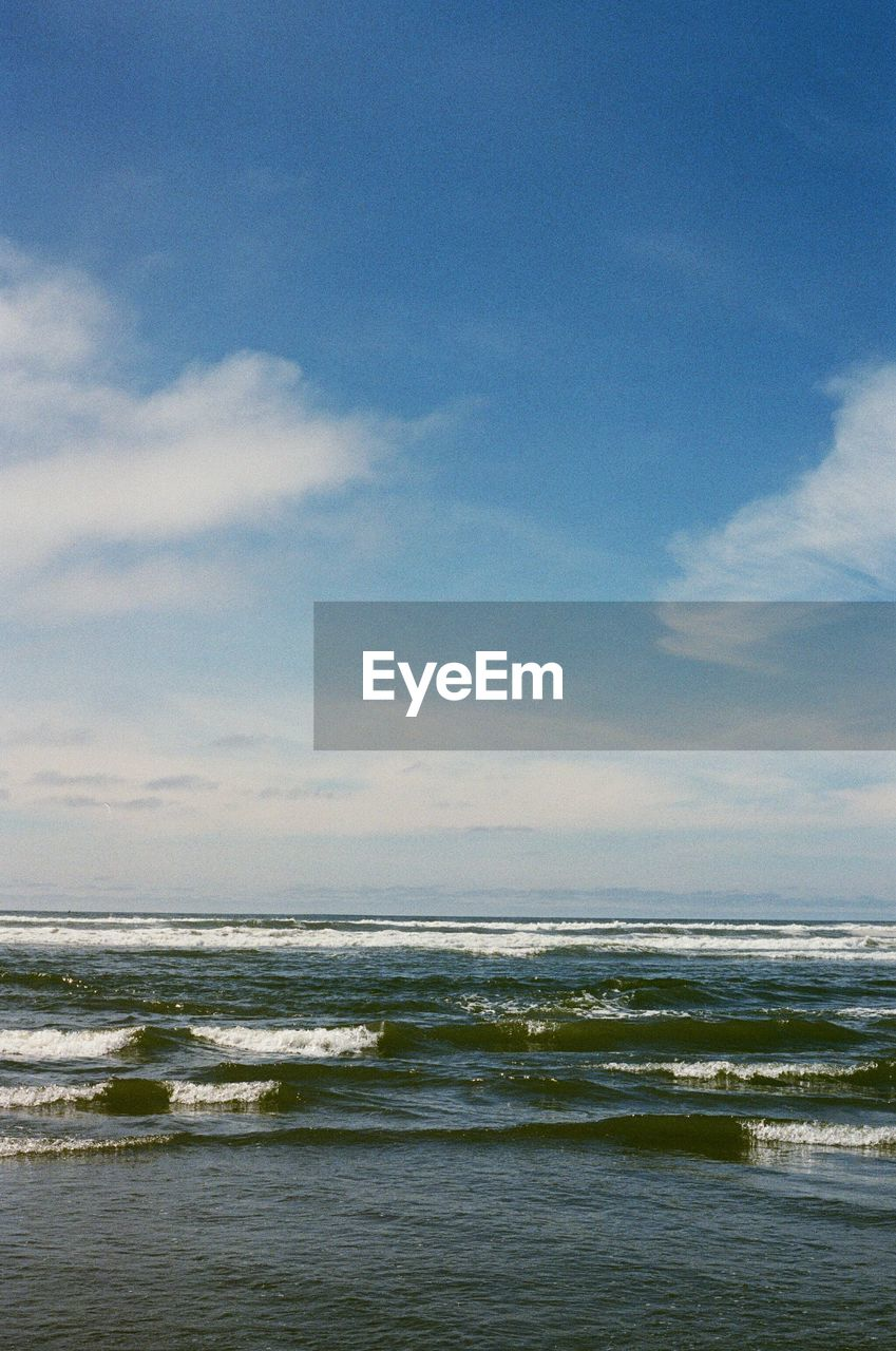 sea, sky, water, horizon, cloud - sky, horizon over water, scenics - nature, beauty in nature, beach, land, motion, no people, wave, tranquility, tranquil scene, nature, day, outdoors, blue