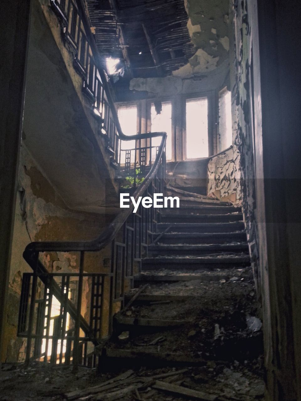 staircase, steps, steps and staircases, railing, indoors, stairs, daylight, abandoned, no people, architecture, desolate, day