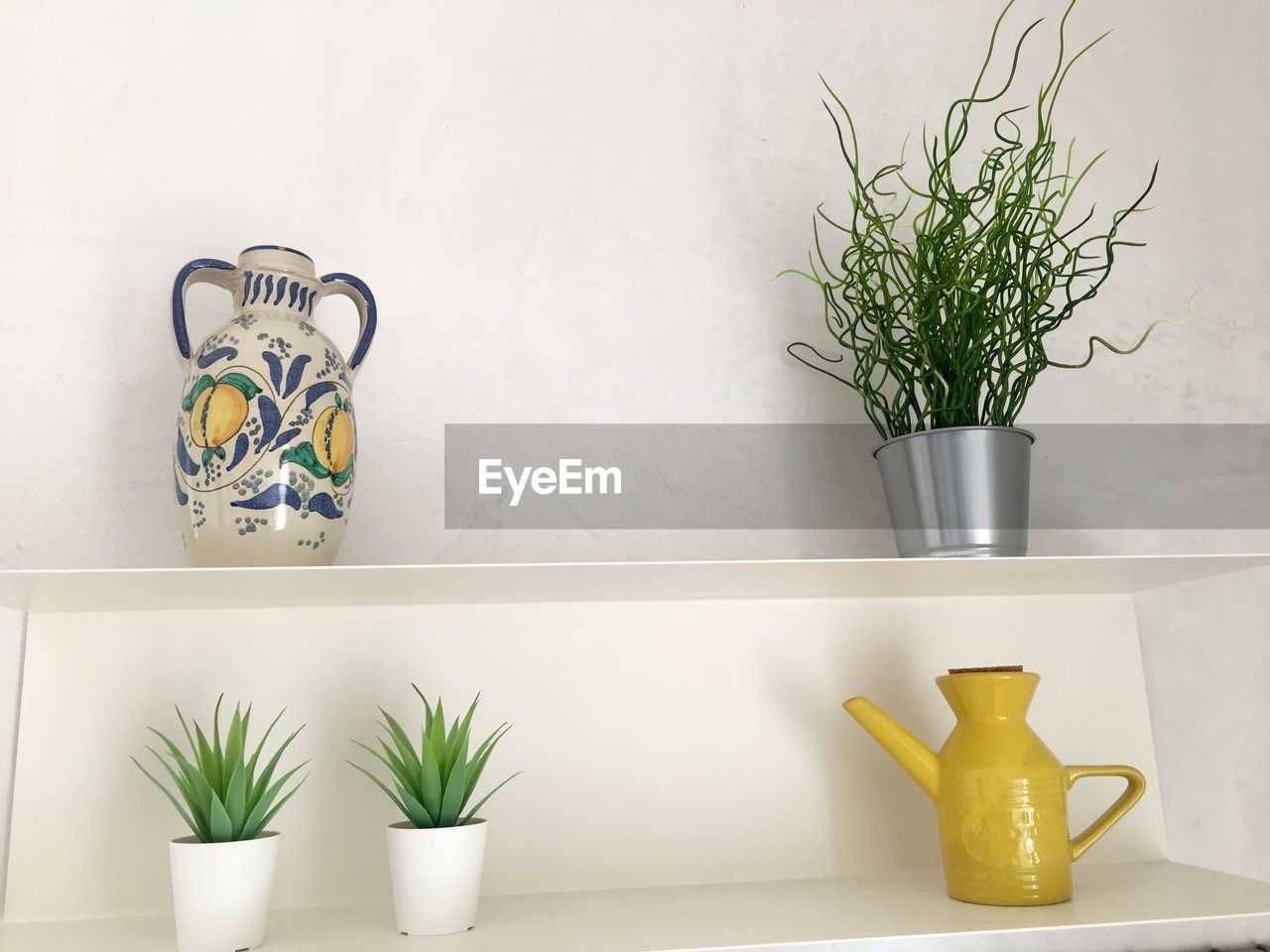 potted plant, plant, wall - building feature, indoors, growth, no people, still life, vase, nature, decoration, green color, houseplant, flower, container, shelf, white color, table, arrangement, home interior, succulent plant, flower pot