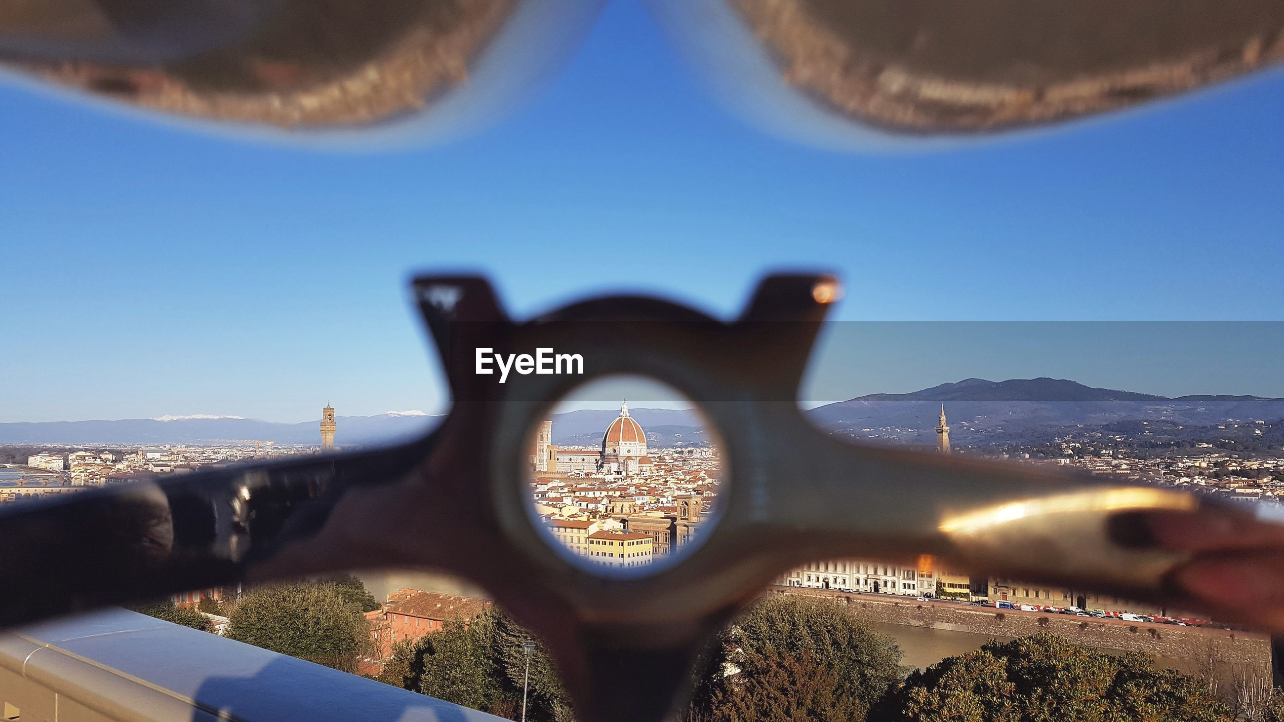 Florence cathedral seen through circle