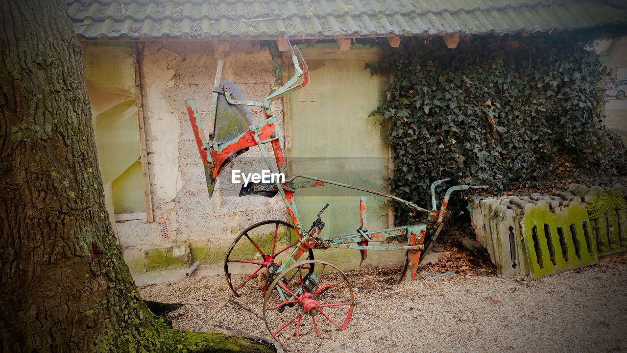 rusty, abandoned, bicycle, no people, indoors, day