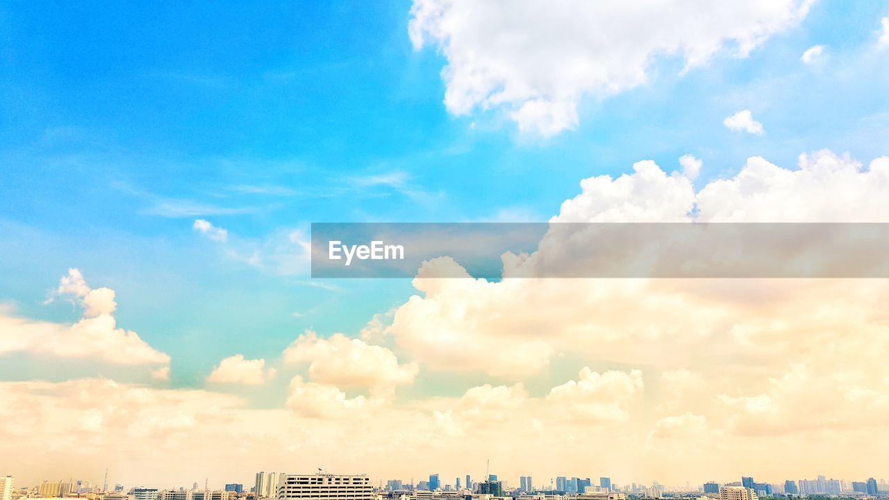 sky, cloud - sky, day, architecture, blue, outdoors, city, no people, beauty in nature, building exterior, built structure, nature, scenics, cityscape