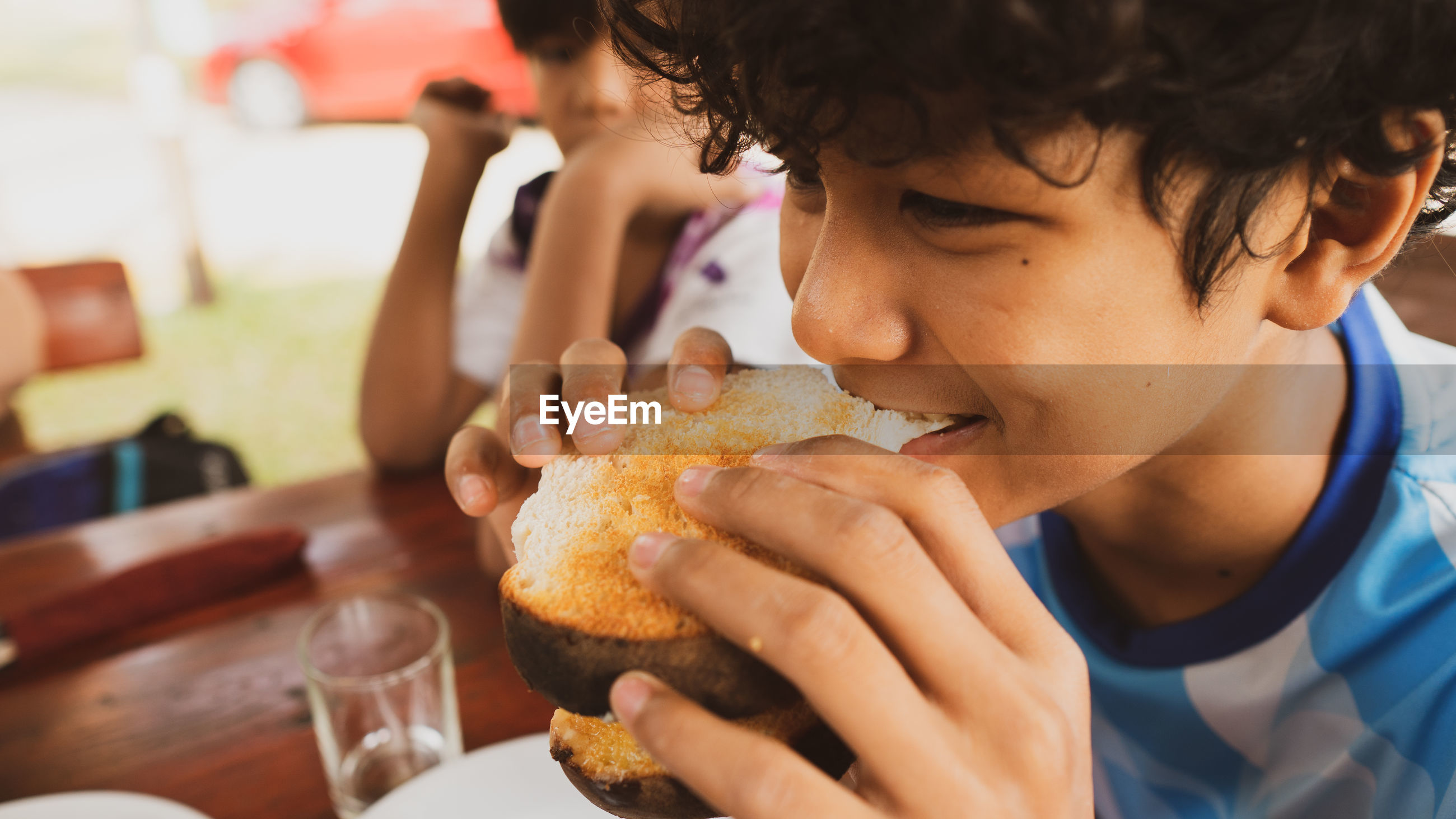 Midsection of man eating food