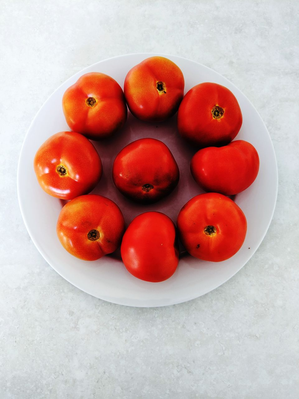 healthy eating, food, wellbeing, fruit, food and drink, vegetable, still life, freshness, tomato, indoors, high angle view, directly above, no people, red, table, close-up, studio shot, group of objects, bowl, plate, ripe, vegetarian food