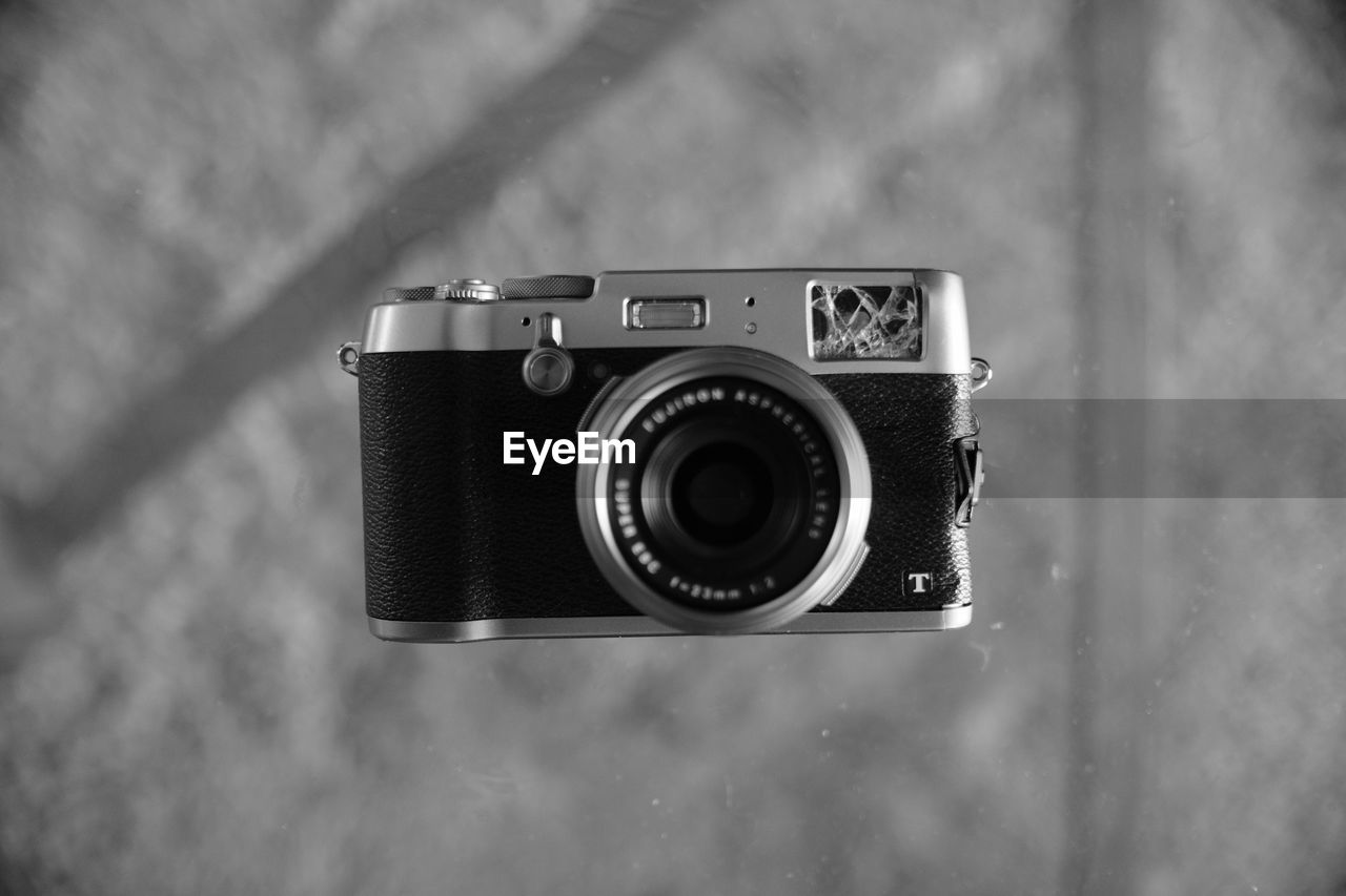 camera - photographic equipment, photography themes, focus on foreground, technology, old-fashioned, retro styled, close-up, outdoors, no people, day, photographing