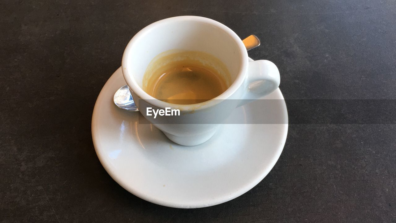 saucer, drink, refreshment, food and drink, no people, table, freshness, close-up, indoors, day