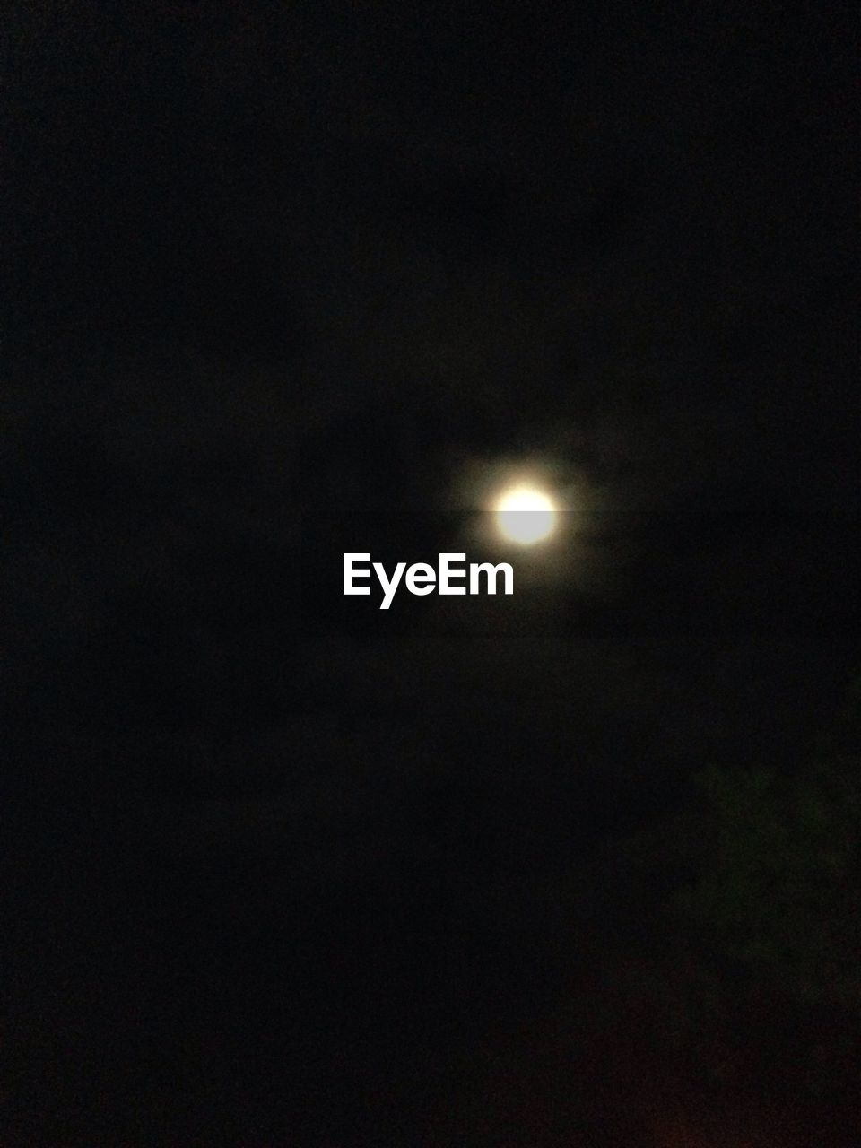 moon, night, astronomy, nature, full moon, scenics, beauty in nature, tranquil scene, planetary moon, moonlight, tranquility, dark, crescent, half moon, solar eclipse, sky, space exploration, space, moon surface, no people, natural phenomenon, outdoors, low angle view