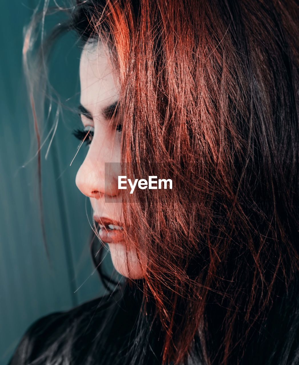 headshot, one person, portrait, real people, lifestyles, leisure activity, close-up, young women, women, young adult, looking, looking away, indoors, hair, hairstyle, adult, brown hair, beauty, beautiful woman, body part, human face, human hair, dyed hair, contemplation, bangs