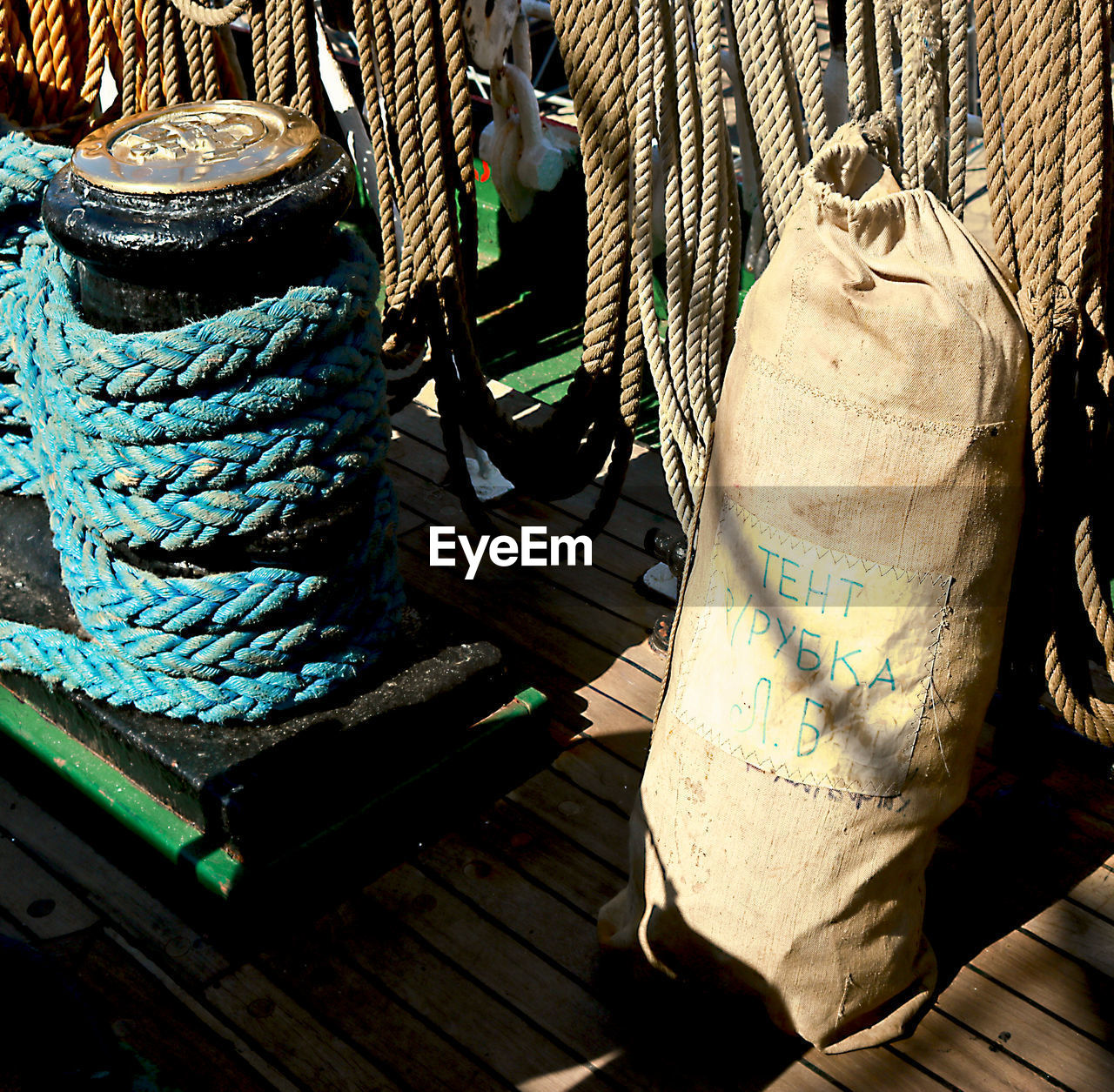 rope, day, no people, outdoors, nautical vessel, close-up
