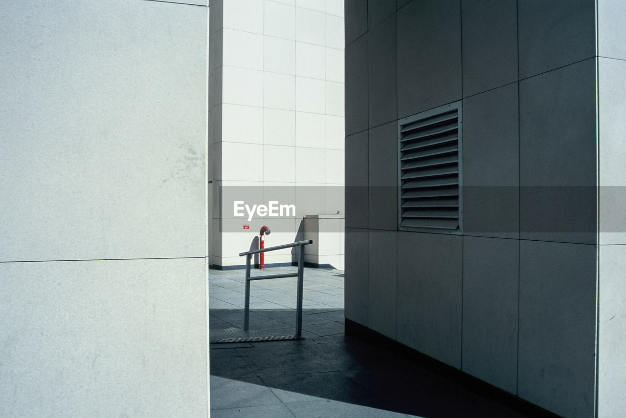 architecture, built structure, day, no people, building exterior, indoors, modern, city