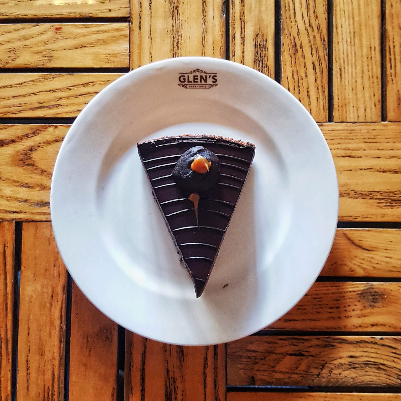 wood - material, plate, table, food and drink, directly above, no people, high angle view, food, indoors, day, freshness, close-up, healthy eating, ready-to-eat