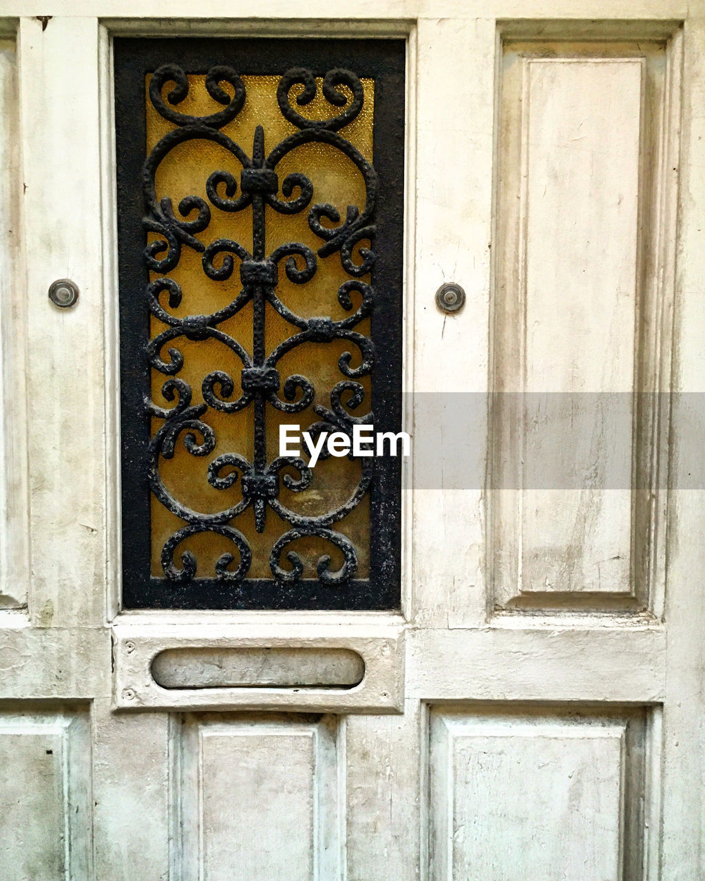 FULL FRAME OF CLOSED DOOR