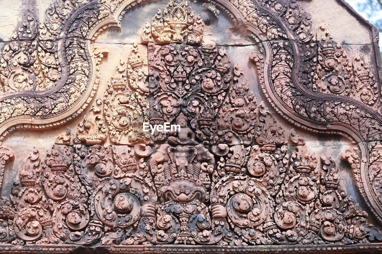 art and craft, architecture, craft, built structure, creativity, no people, history, the past, religion, building exterior, carving - craft product, building, pattern, day, belief, design, ornate, representation, spirituality, place of worship, floral pattern, carving, architecture and art, bas relief