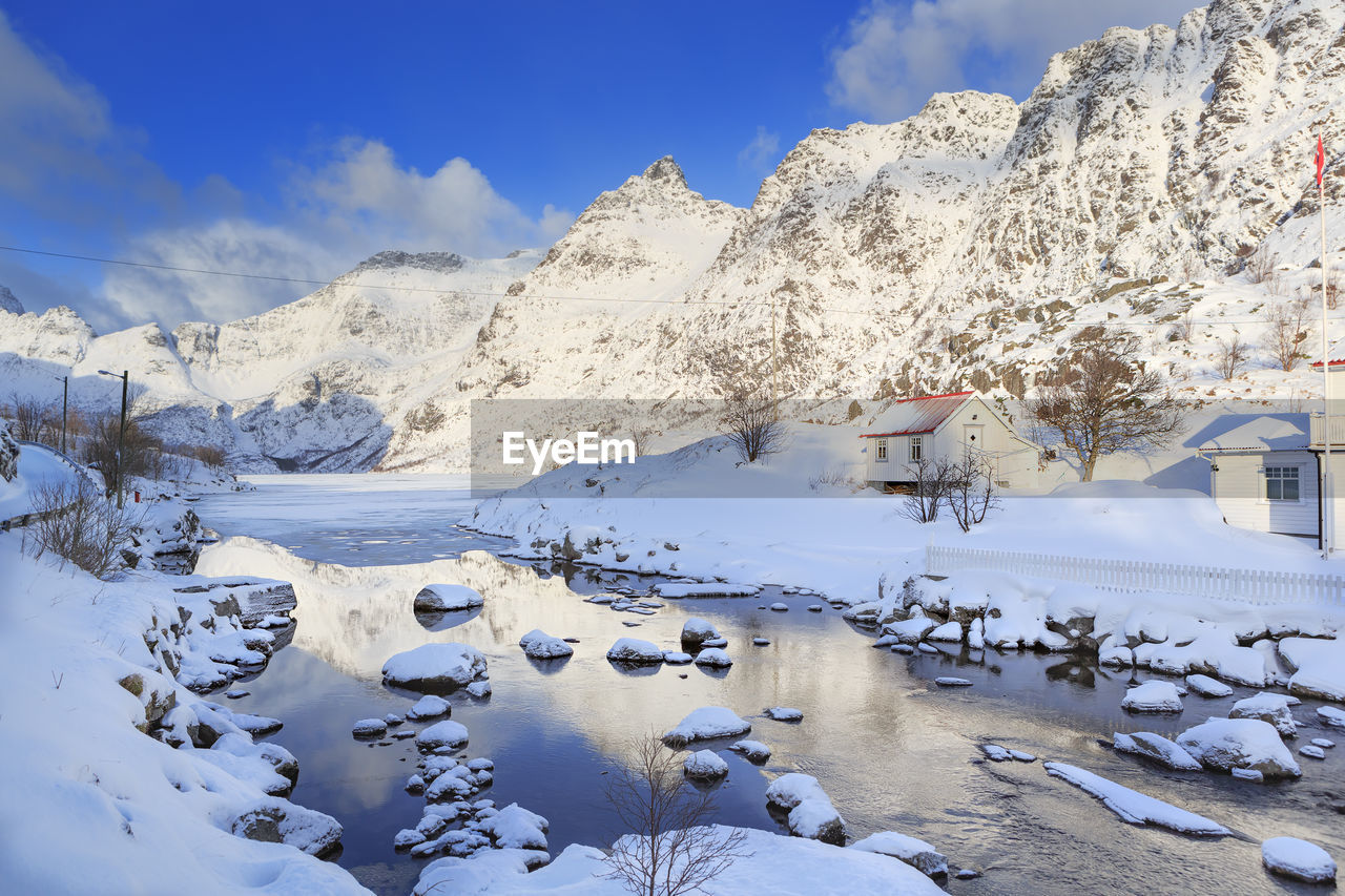 winter, snow, cold temperature, mountain, nature, beauty in nature, scenics, outdoors, tranquility, frozen, tranquil scene, no people, mountain range, day, sky, snowcapped mountain, landscape