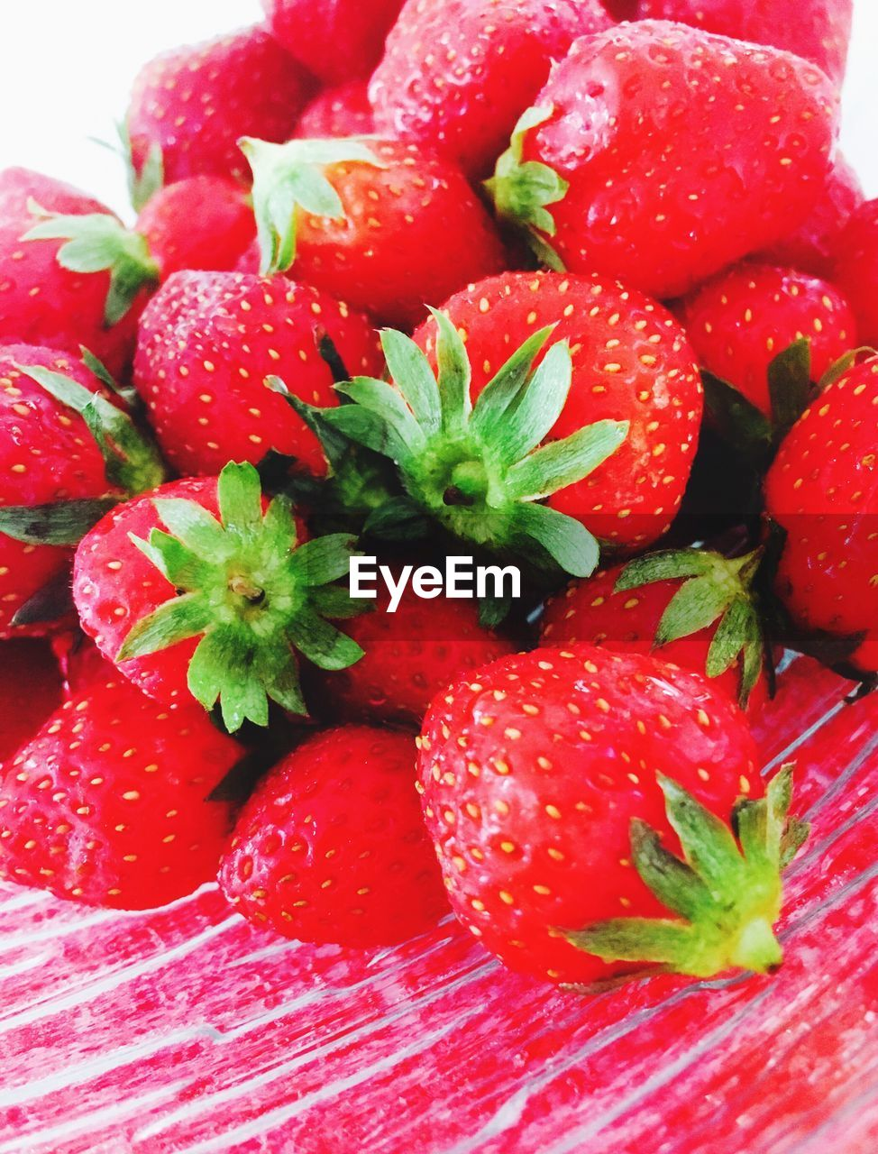 red, strawberry, freshness, food and drink, food, fruit, indoors, close-up, healthy eating, no people, day, ready-to-eat