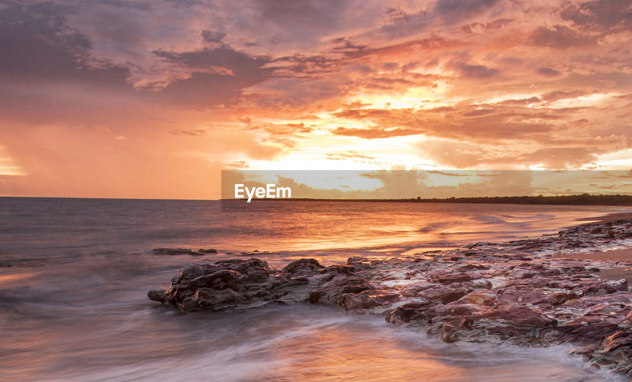 sea, sky, water, sunset, scenics - nature, cloud - sky, beauty in nature, horizon over water, horizon, beach, motion, land, wave, tranquility, nature, tranquil scene, idyllic, orange color, no people, outdoors