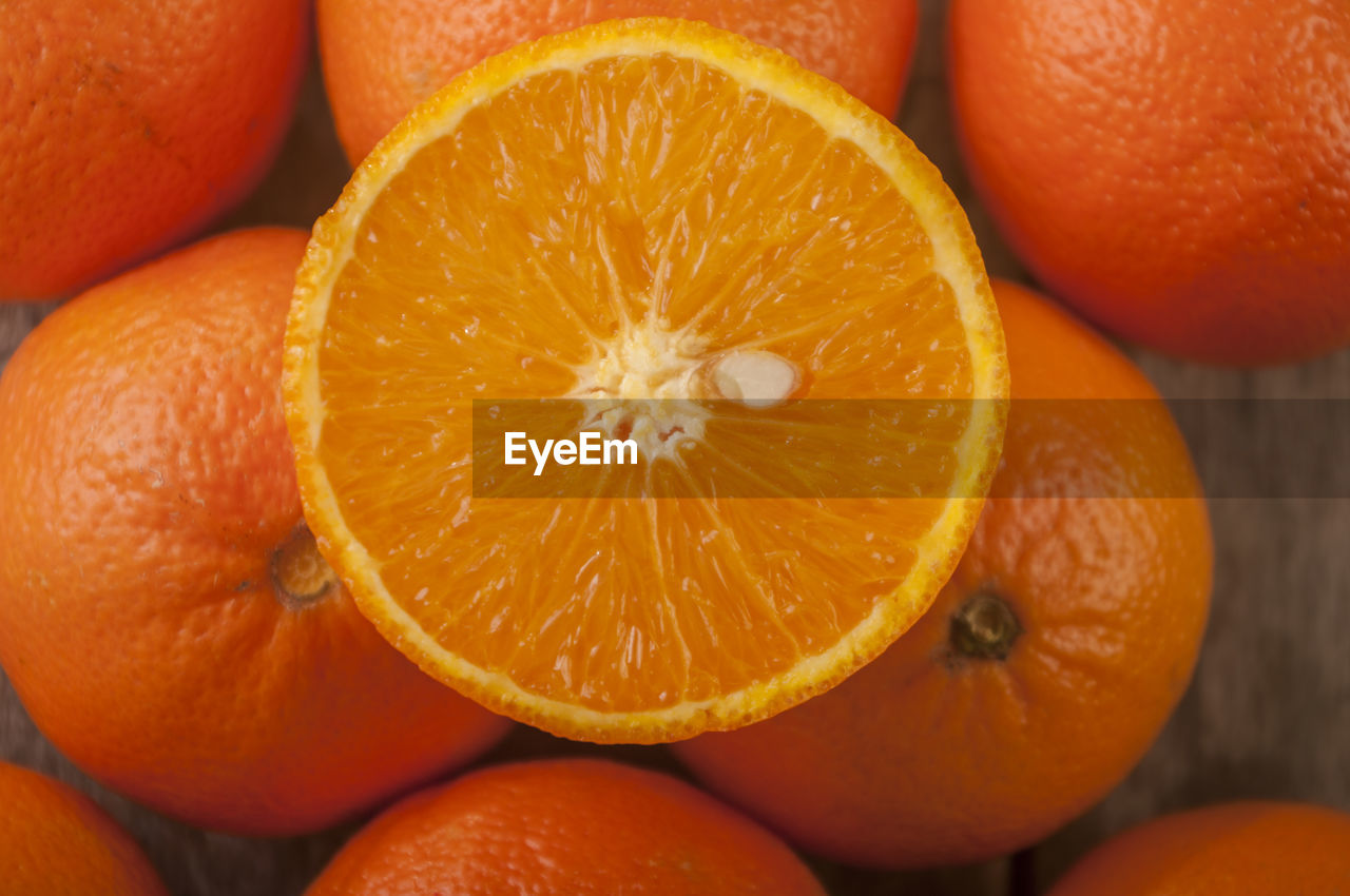 Close-up of fresh oranges on table