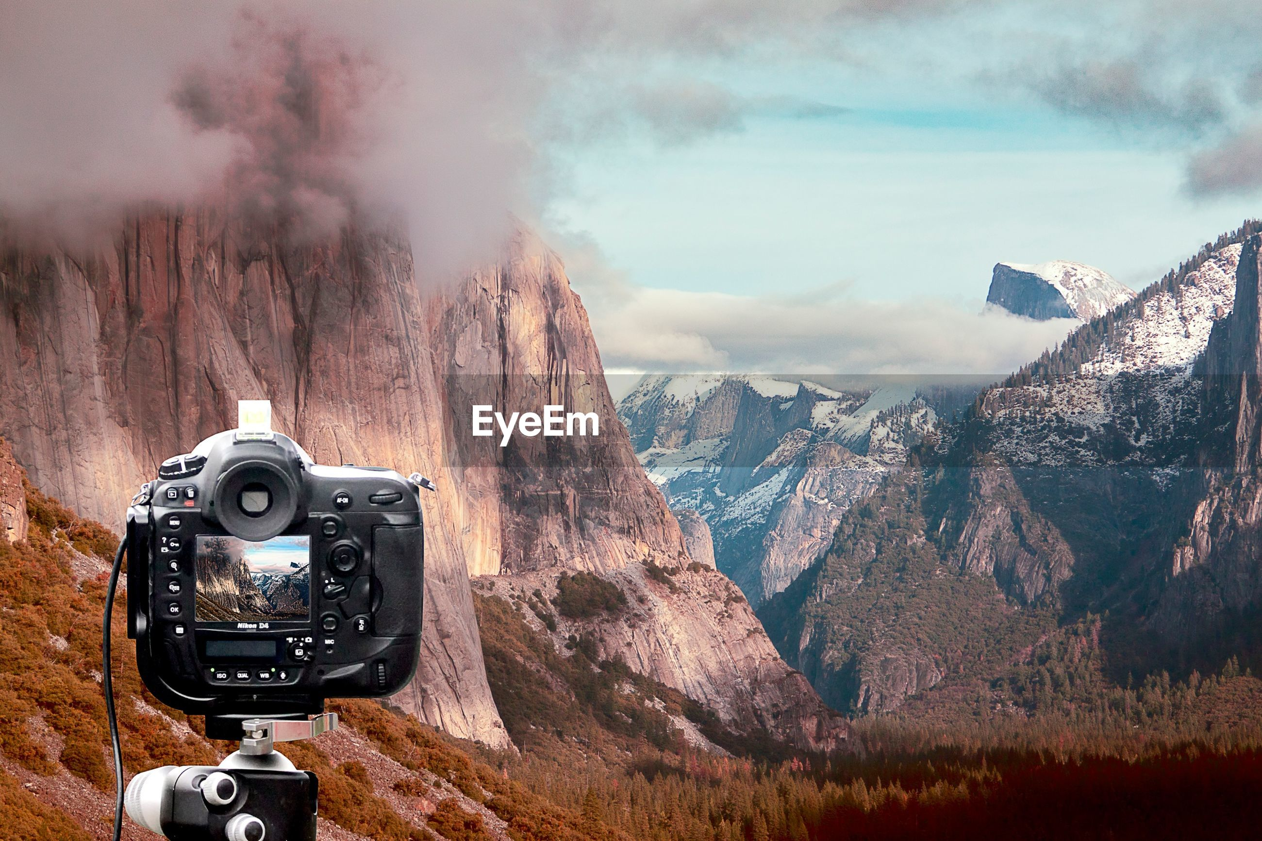 technology, photography themes, camera - photographic equipment, communication, mountain, photographing, digital camera, wireless technology, retro styled, sky, car, travel, old-fashioned, land vehicle, part of, transportation, smart phone, landscape