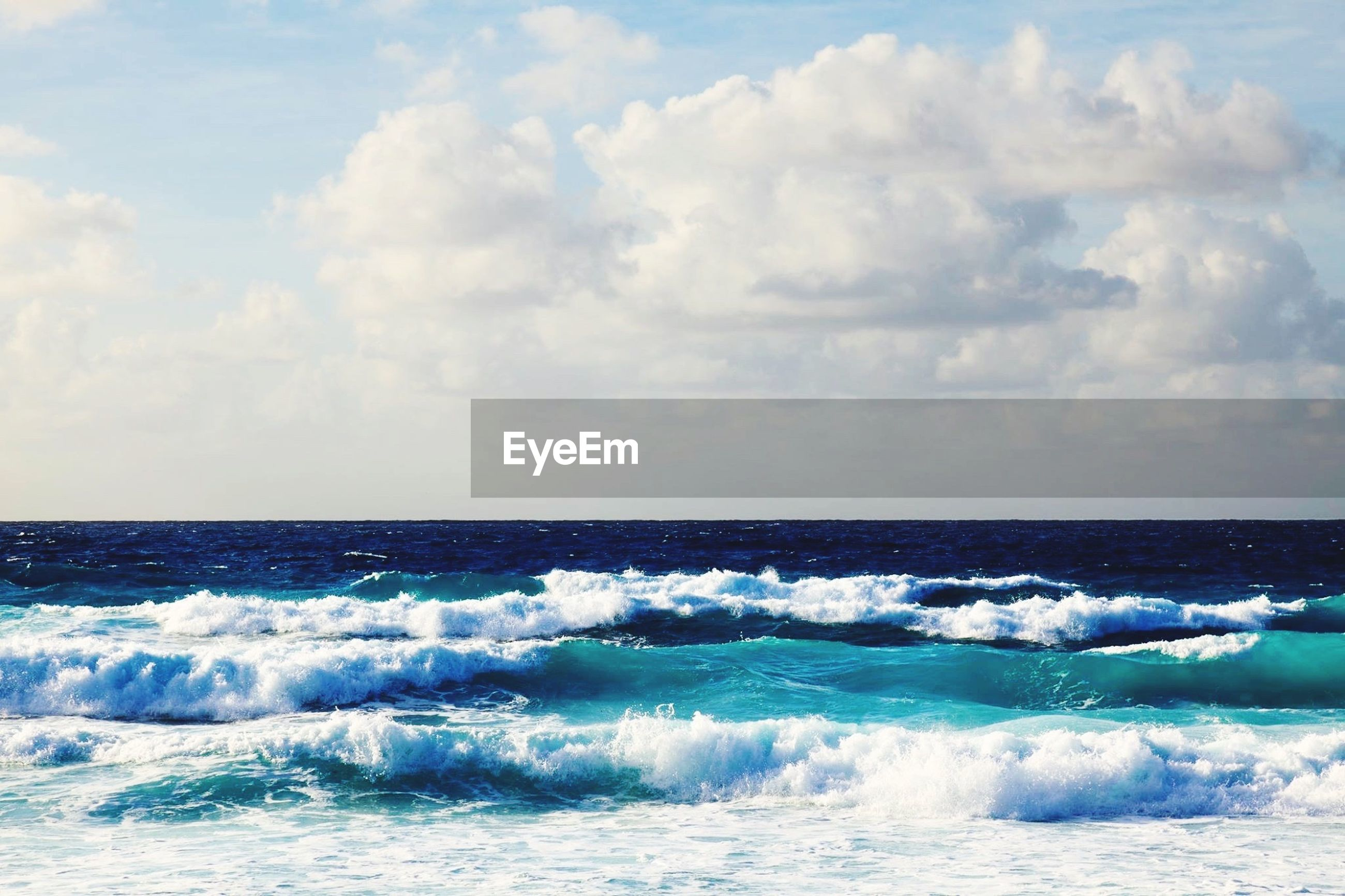 sea, water, horizon over water, wave, surf, sky, motion, scenics, beauty in nature, waterfront, splashing, nature, cloud - sky, power in nature, blue, seascape, tranquil scene, idyllic, beach, cloudy