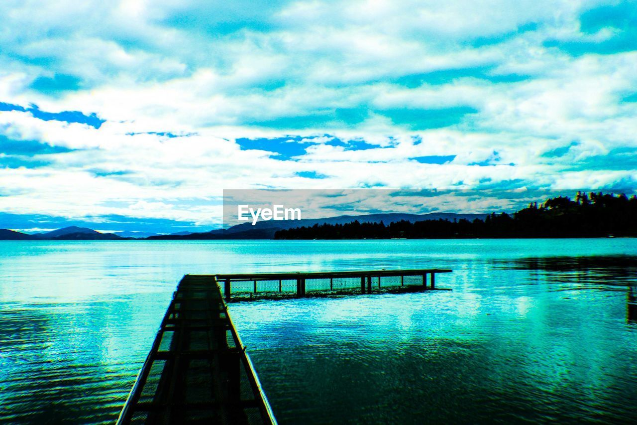 sky, water, scenics, tranquil scene, tranquility, beauty in nature, cloud - sky, nature, no people, outdoors, day, sea