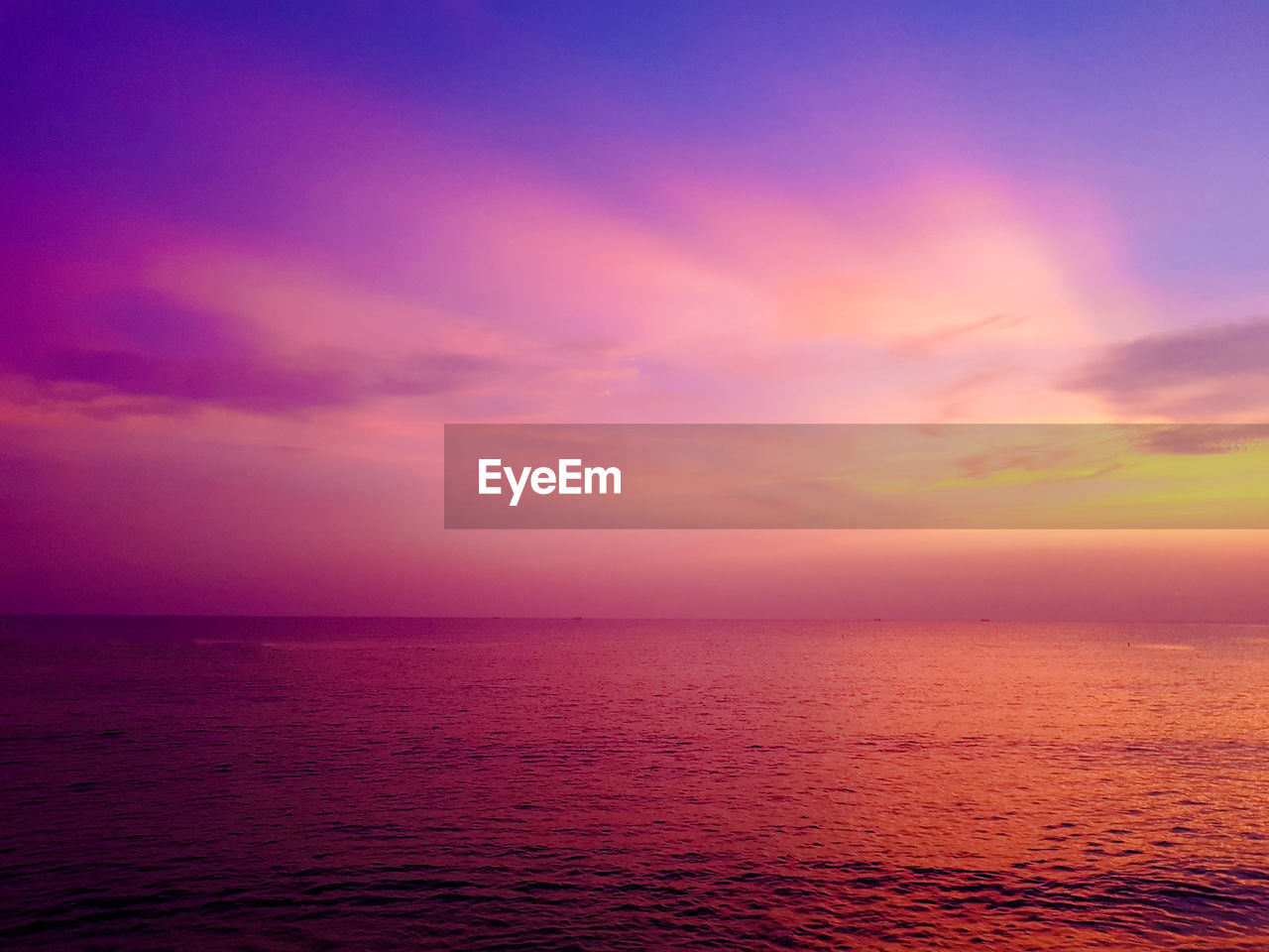 sea, water, sky, sunset, beauty in nature, horizon, scenics - nature, horizon over water, tranquility, tranquil scene, orange color, waterfront, cloud - sky, idyllic, nature, no people, seascape, non-urban scene, pink color, purple