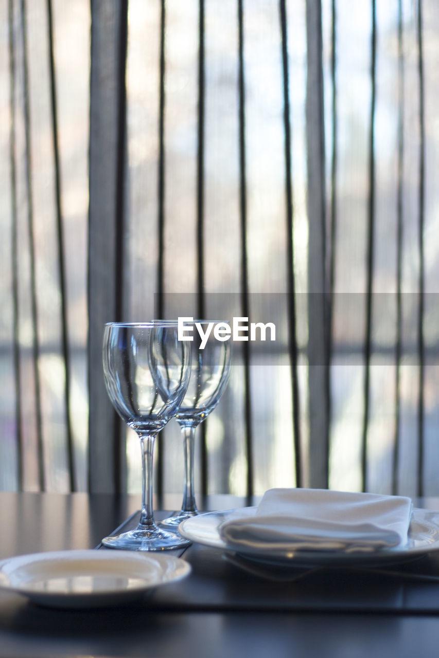 Eating utensils on dining table in restaurant