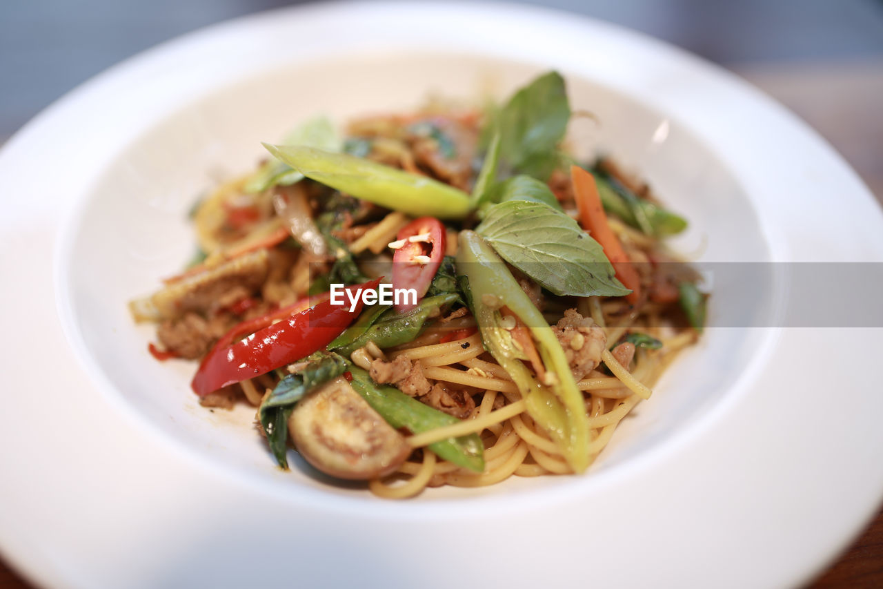 food, food and drink, ready-to-eat, freshness, plate, healthy eating, wellbeing, close-up, serving size, vegetable, still life, indoors, selective focus, italian food, pasta, no people, indulgence, meal, table, garnish, herb, crockery, dinner, temptation, chinese food