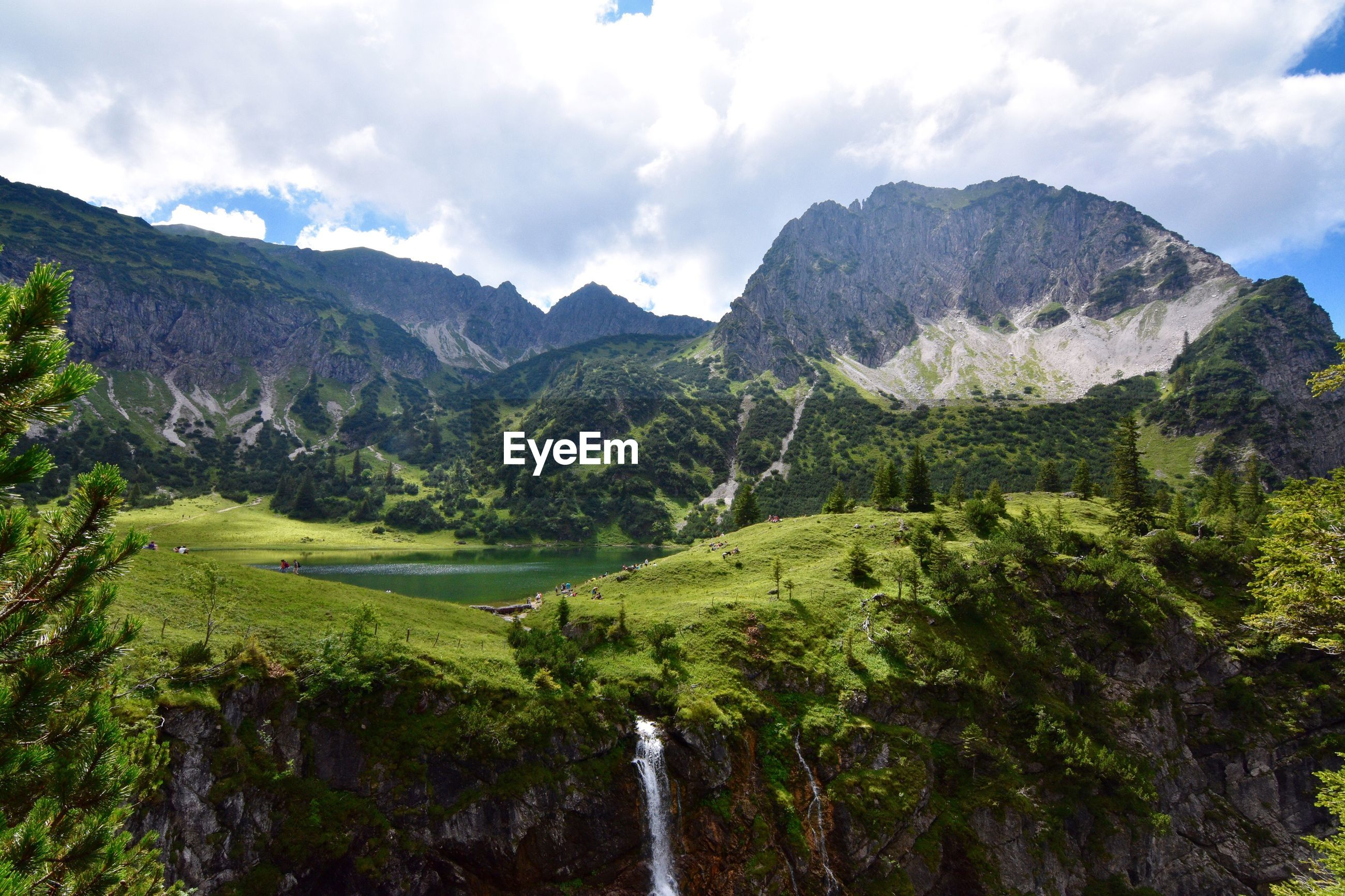 Scenic view of untere gaisalpsee in allgau alps against sky