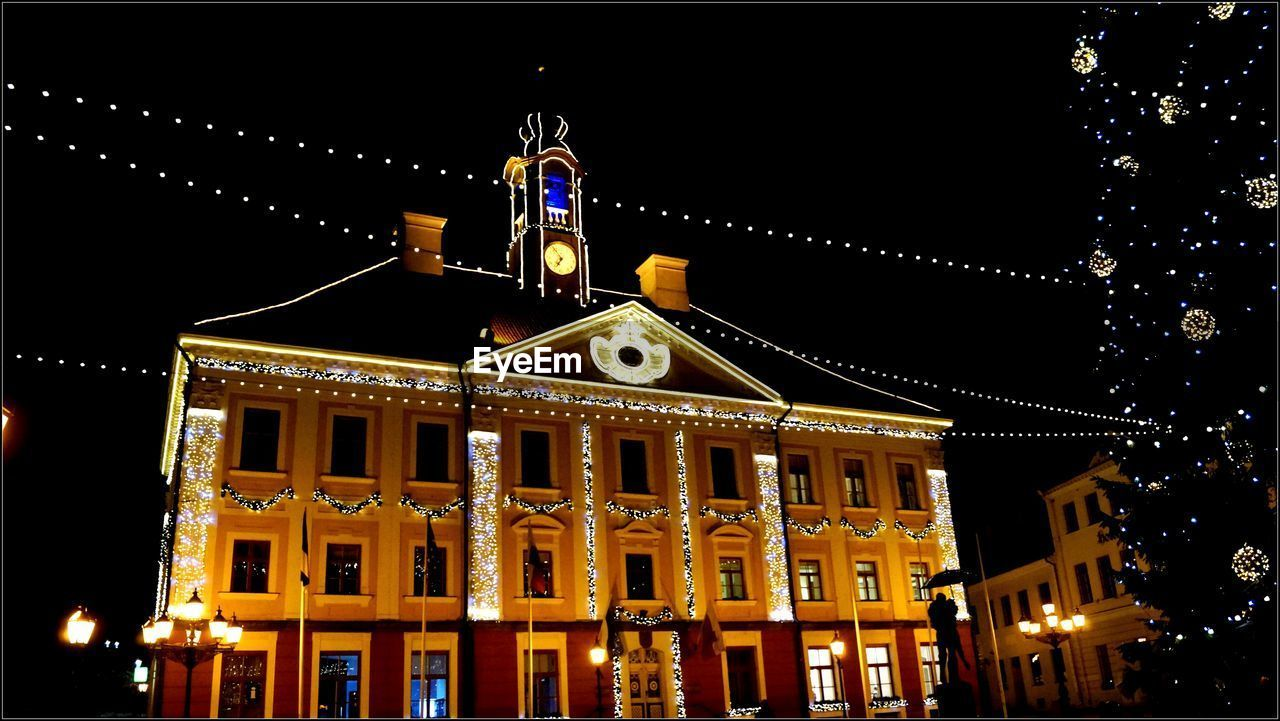 night, illuminated, architecture, building exterior, built structure, no people, outdoors, low angle view, sky, christmas decoration, city, clear sky