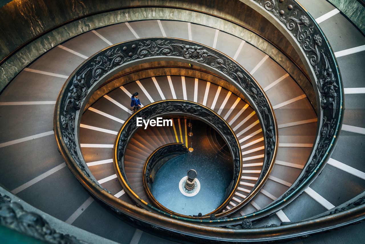 staircase, steps and staircases, spiral, steps, railing, spiral stairs, stairs, high angle view, architecture, design, built structure, hand rail, no people