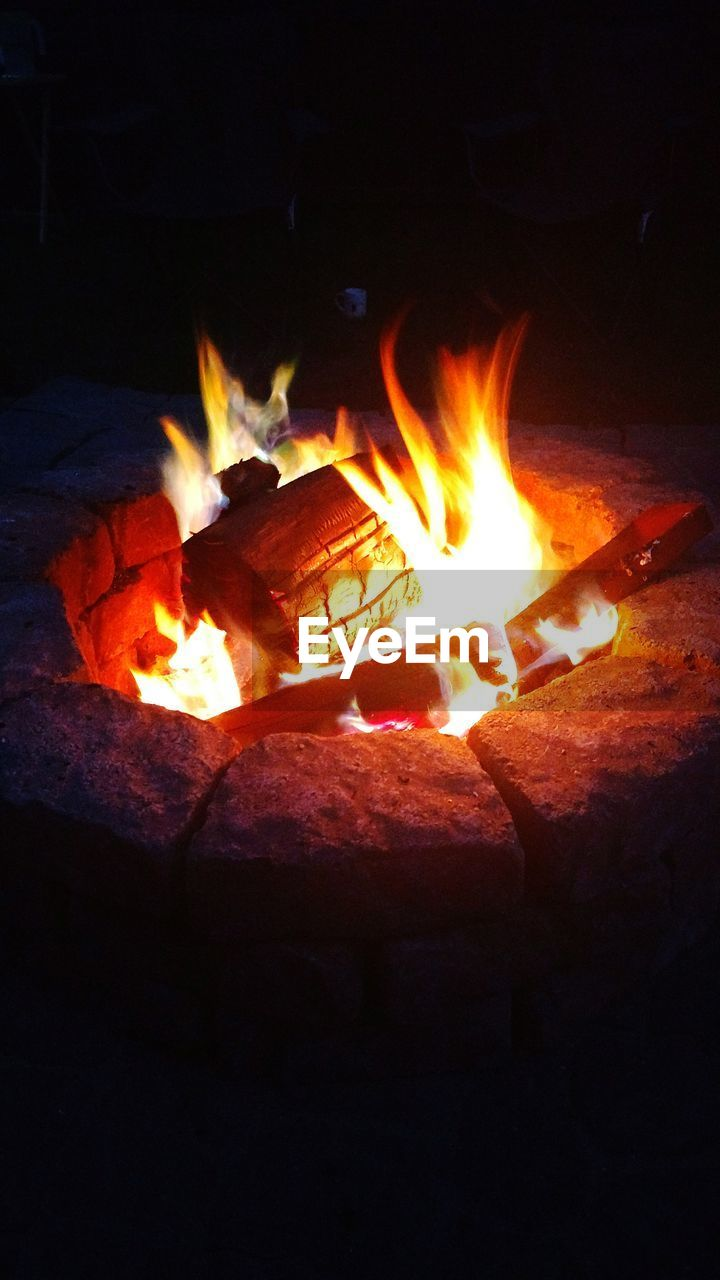 flame, burning, heat - temperature, glowing, night, no people, bonfire, fire pit, outdoors, close-up