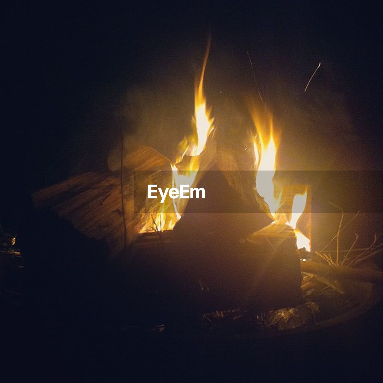 burning, heat - temperature, flame, night, no people, outdoors, bonfire, nature, close-up