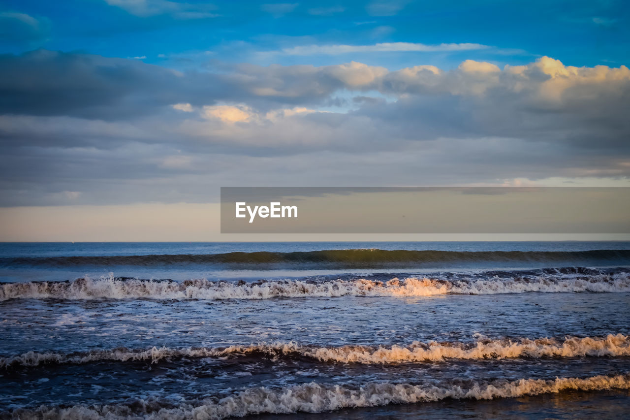 sea, nature, sky, beauty in nature, water, scenics, cloud - sky, horizon over water, wave, sunset, tranquility, no people, outdoors, tranquil scene, beach, scenery, day